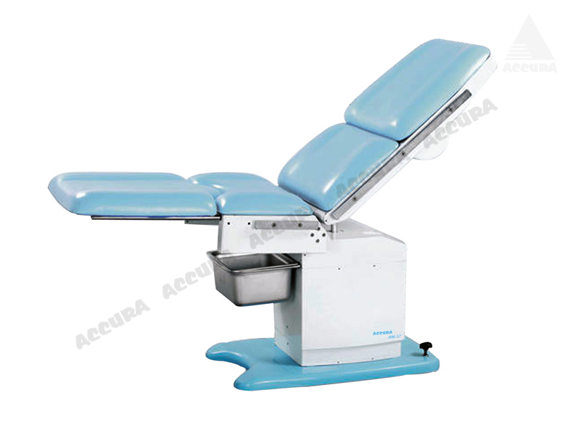 AW-38 - OBSTETRIC EXAMINATION TABLE (motorized)
